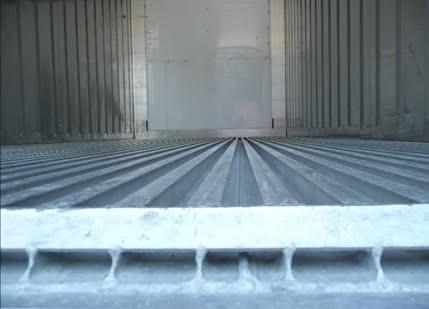 Obr. 3 Podlaha v chladiarenskom kontajnery, zdroj: http://www.tis-gdv.de/