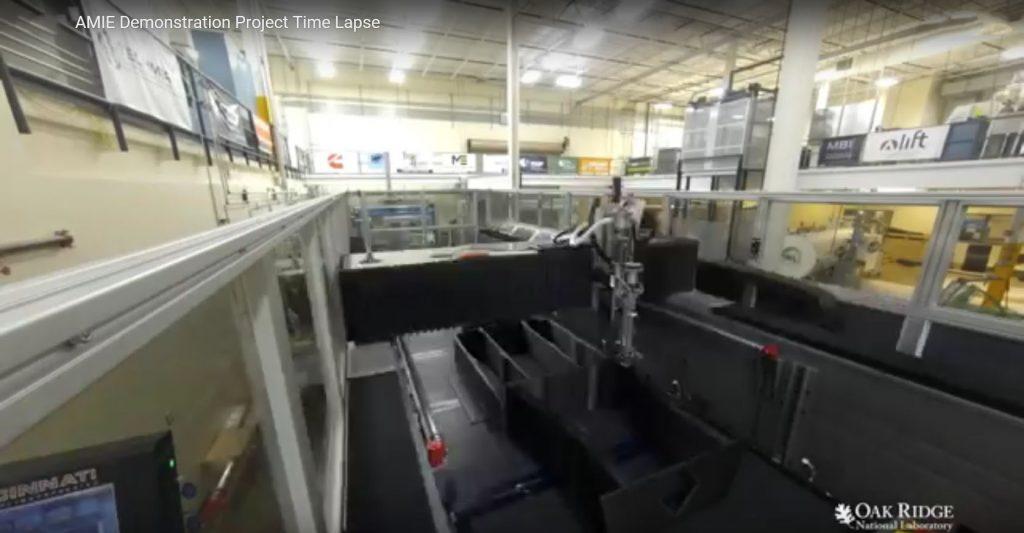 obr. 8 3D tlač automobilu