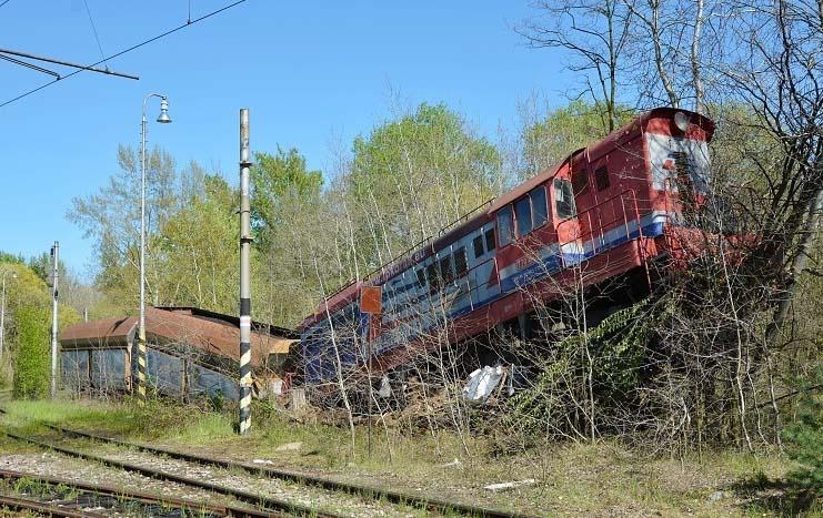 Obr. 3 Zaznamenané následky neočakávaného posunu HDV s naloženými vozňami s ťažkým nákladom a nezapojenými do samočinnej priebežnej brzdy, Slovenská republika. Zdroj: interné materiály ŽSR