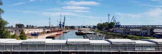 Dunajské prístavy a ich prekládková činnosť